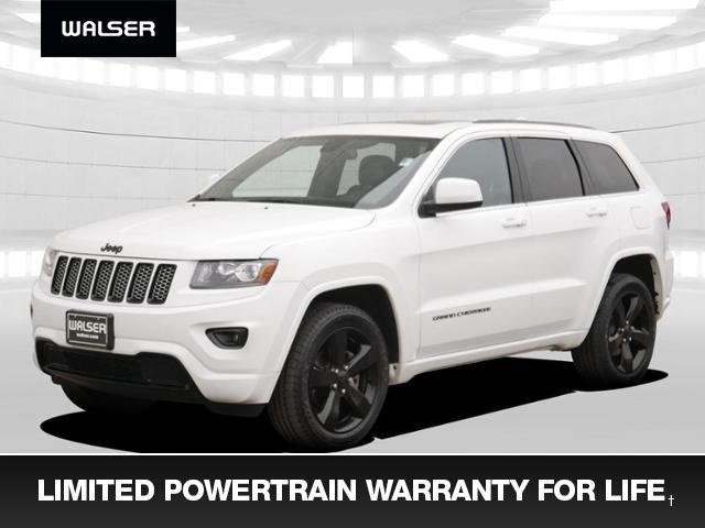 Pre-Owned 2015 Jeep Grand Cherokee Laredo Black Wheels