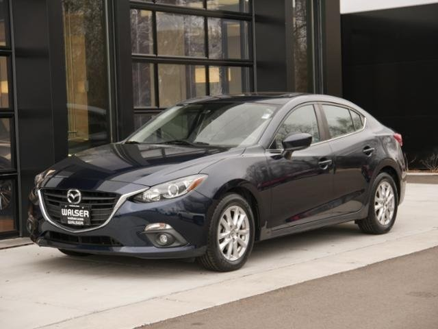 Certified Pre-Owned 2016 Mazda3 i Touring Moonroof Bcam Bluetooth
