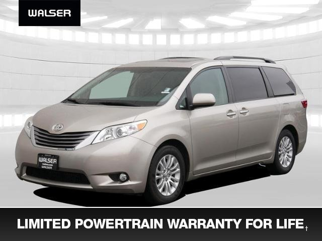 Pre-Owned 2015 Toyota Sienna XLE +Warranty For Life