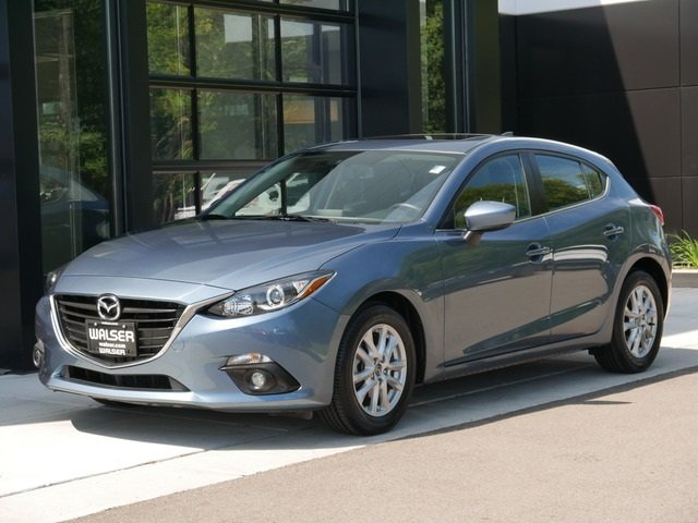 Certified Pre-Owned 2016 Mazda3 TOUR