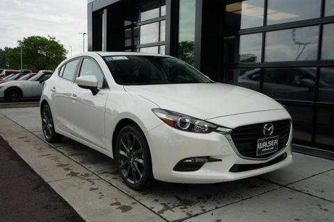 New 2018 Mazda3 Hatchback Touring