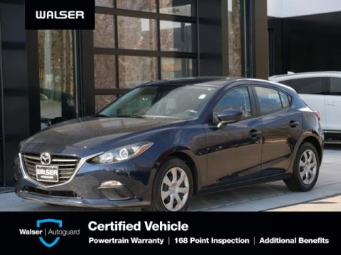 Pre-Owned 2016 Mazda3 i Sport Hatch Bcam